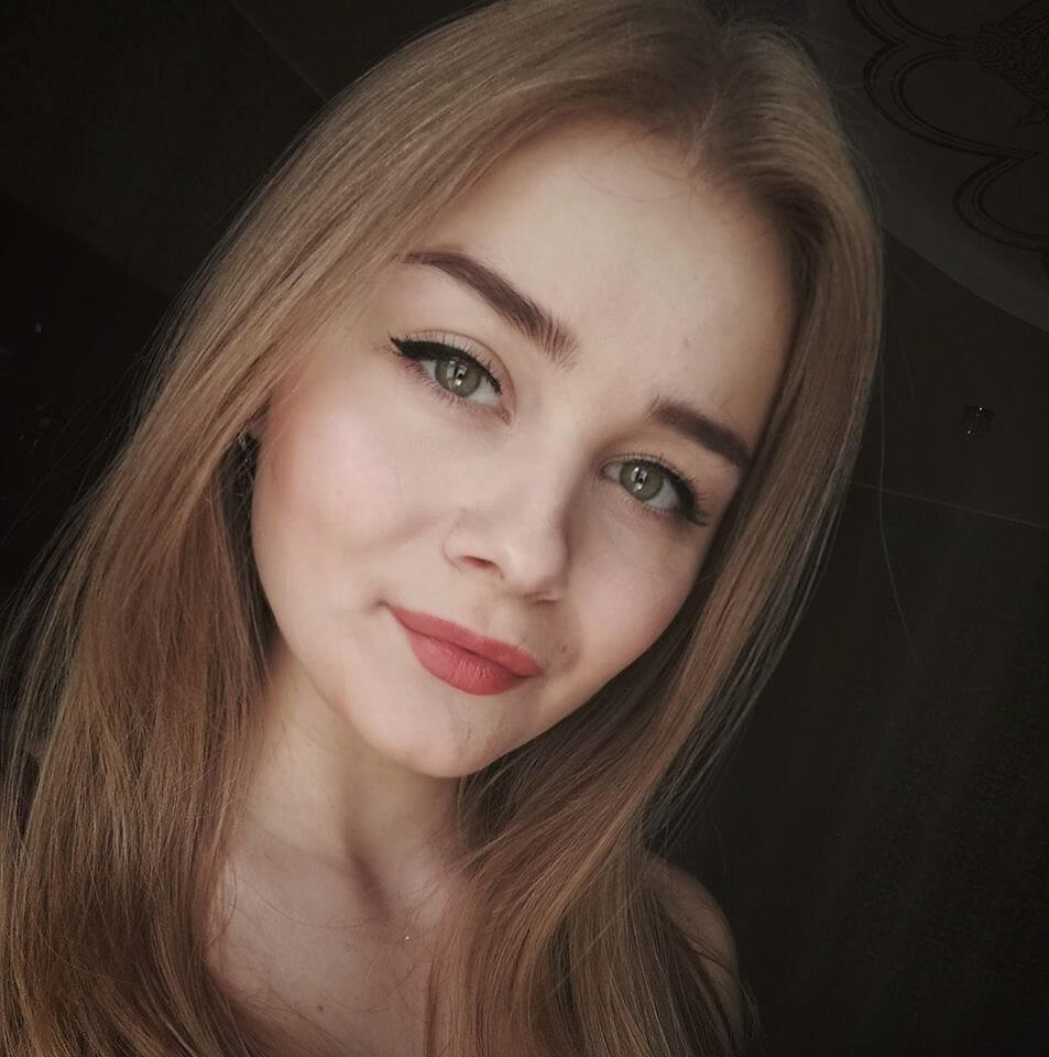 Моделирование и окрашивание бровей у Соколовской